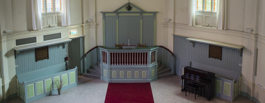 Kerk biedt Podium